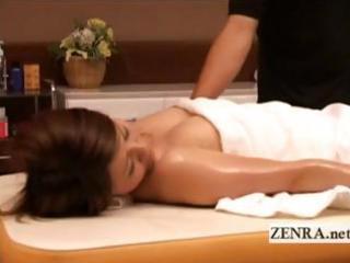 Pale nude Japanese milf massaged into orgasmic