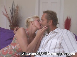 Housewife Craves Old And Young Cock