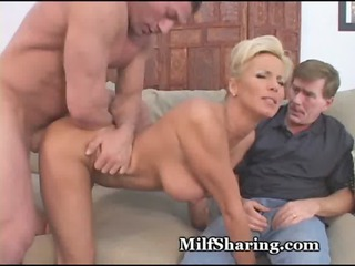 Amazing MILF Pussy Drilled