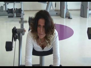 mature voyeur gymnastics part 2