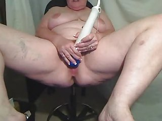 BBW matures plays for cam