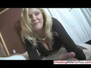 Hot MILF gives great handjob