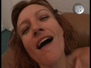 Mature mom loves double dick fun
