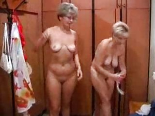Mature Russian Sex In A Bathhouse