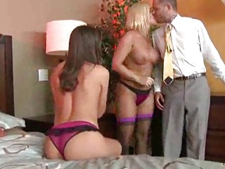MILFS in Bustiers and Lingerie Have A Threesome