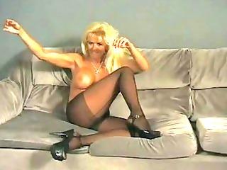 Smokin MILF shows off her body