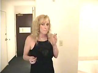 nice mom smoke