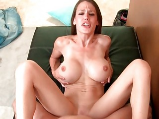 Young seductive slut wife gives fantastic head