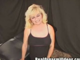 Horny Wife Orgasms Riding the Sybian