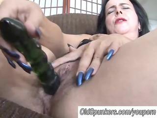 Mature amateur has a big orgasm