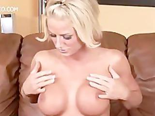 Hottie Pornstar Brooke Belle