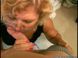 Plump granny acquires a facial