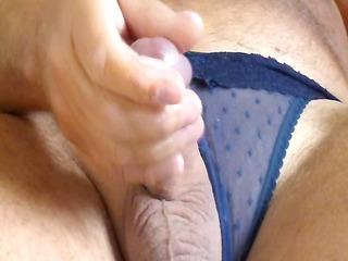 wanking in wifes panties