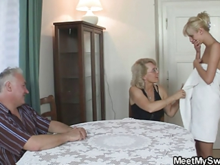 BF caught his GF with his old mummy and daddy